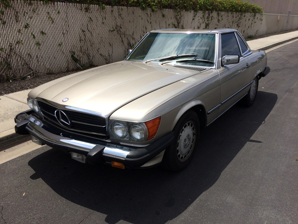 1989 Mercedes 560SL SOLD