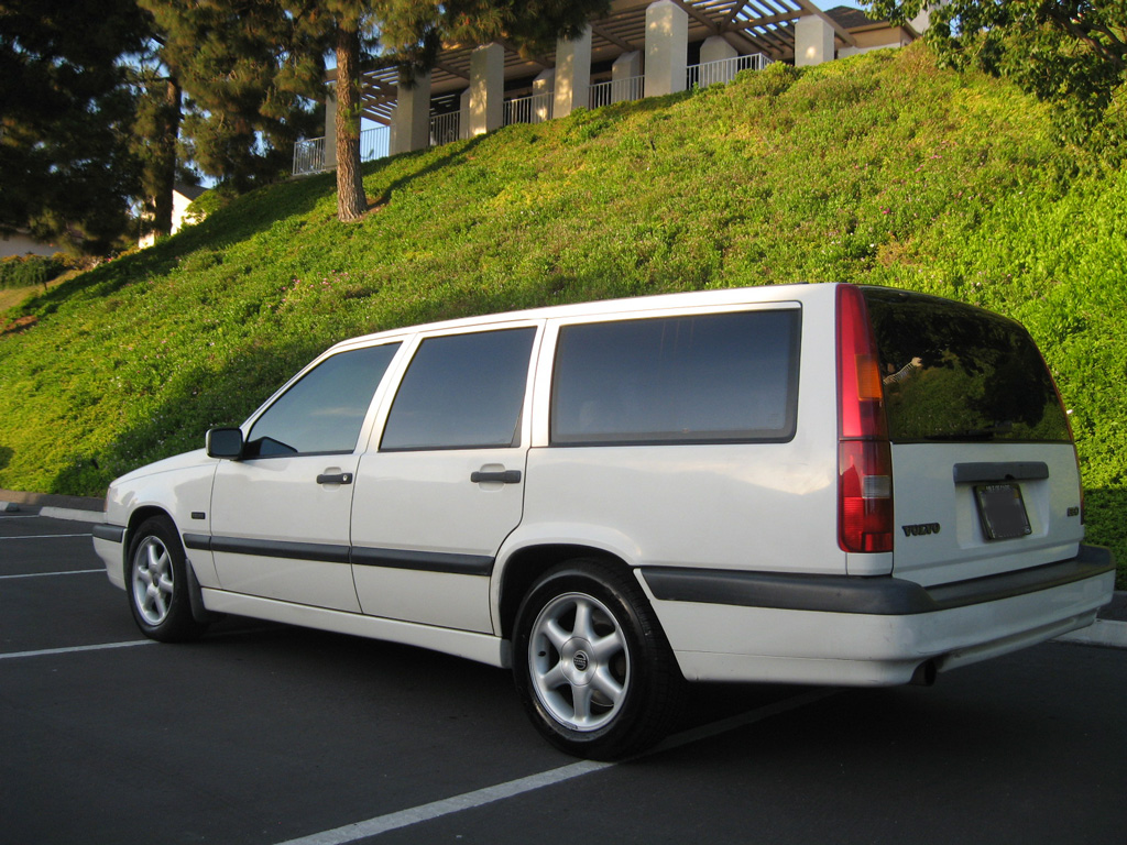 1997 Volvo 850 Wagon White On Tan Leather Auto