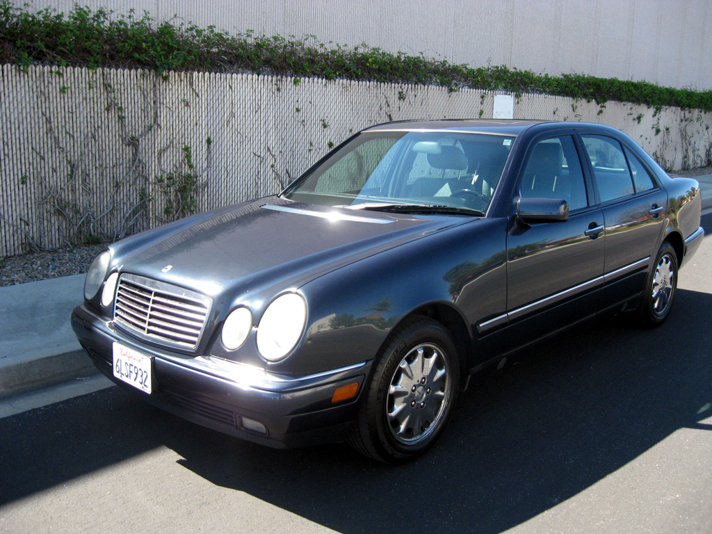 1998 mercedes e320 sold 1998 mercedes e320 sedan 3 auto consignment san diego. Black Bedroom Furniture Sets. Home Design Ideas