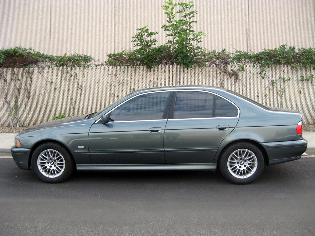 2003 bmw 530i sold