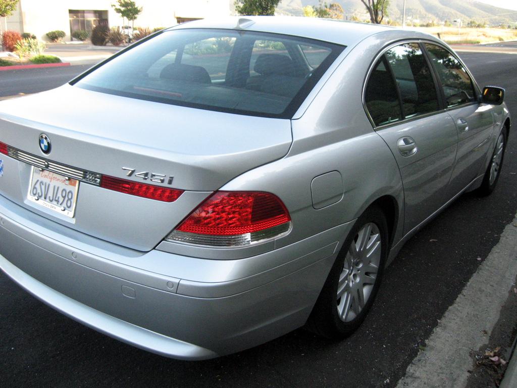 2003 BMW 745i SOLD