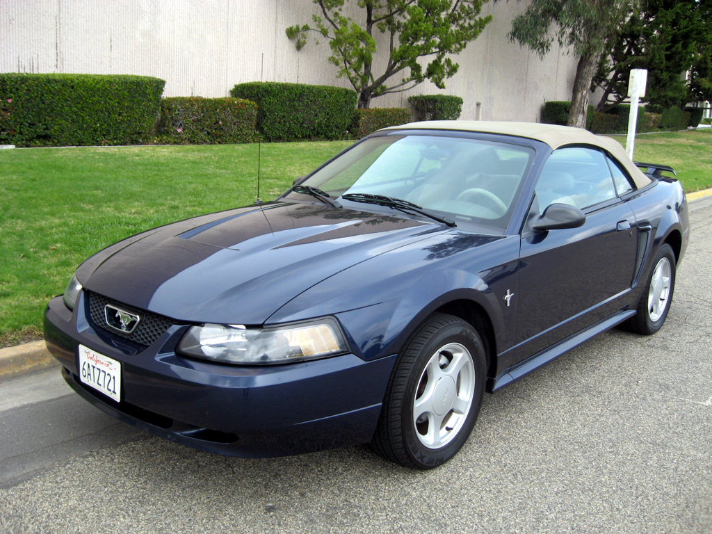 2003 ford mustang convertible sold 2003 ford mustang. Black Bedroom Furniture Sets. Home Design Ideas