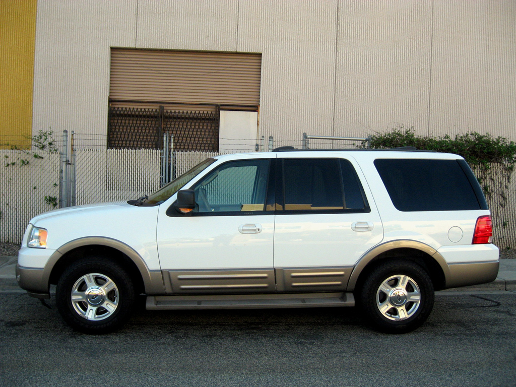 2004 Ford Expedition - SOLD