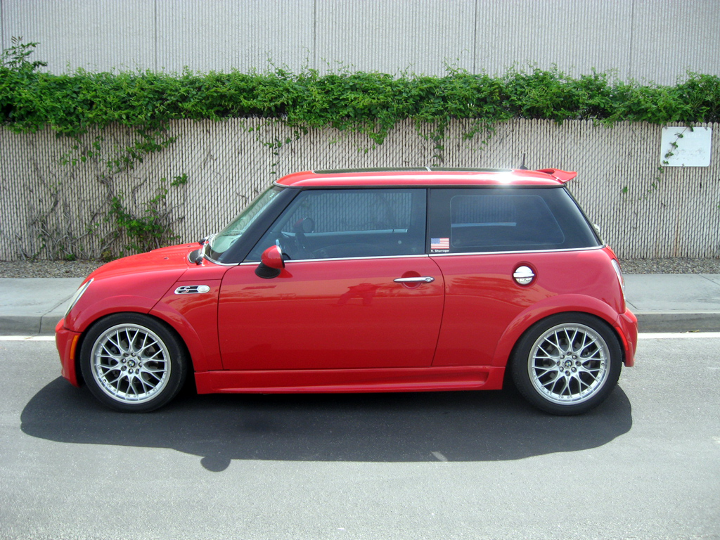 2004 mini cooper s jcw sold 2004 mini cooper s jcw 8 auto consignment san diego. Black Bedroom Furniture Sets. Home Design Ideas