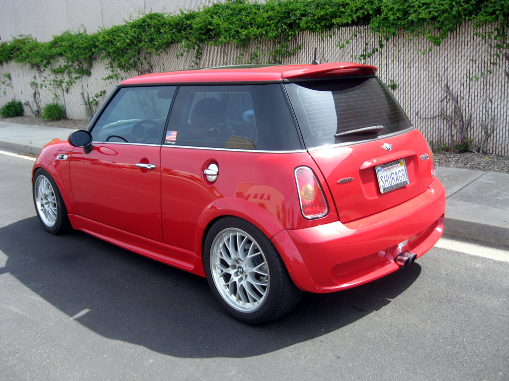 2004 mini cooper s automatic related infomation. Black Bedroom Furniture Sets. Home Design Ideas