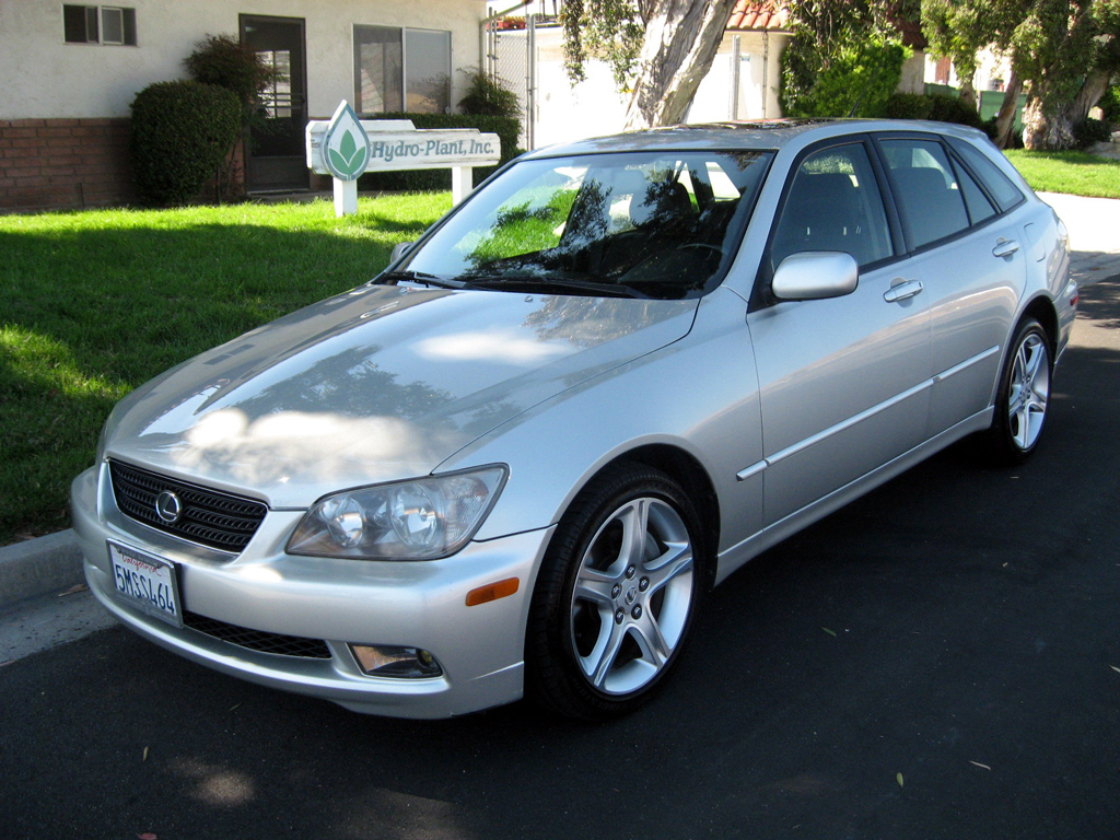 2005 Lexus IS300   SOLD