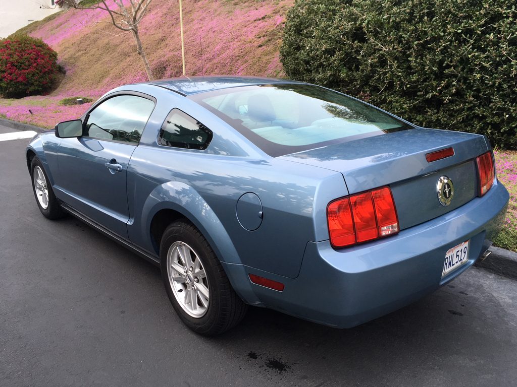 2006 Ford Mustang Coupe - Click Image to Close