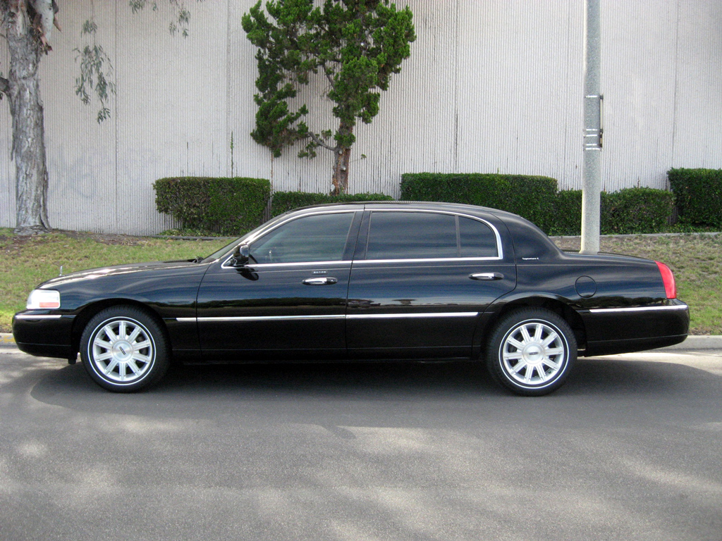 2009 Lincoln Town Car L Sold 2009 Lincoln Town Car Signature
