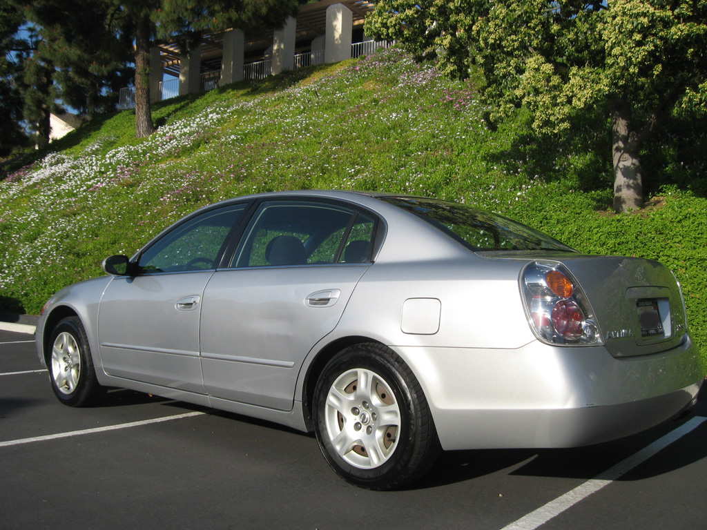 2003 Nissan Altima 2.5 SL - SOLD