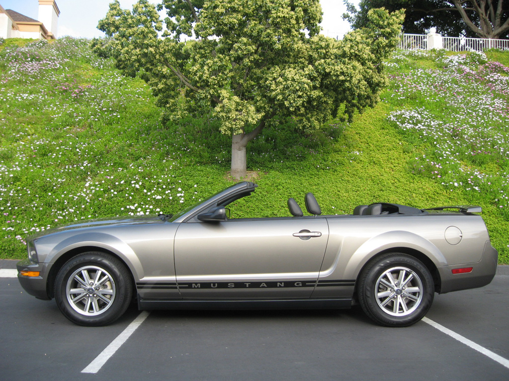 2005 Ford Mustang Convertible >> 2005 Ford Mustang Convertible [2005 Ford Mustang ...
